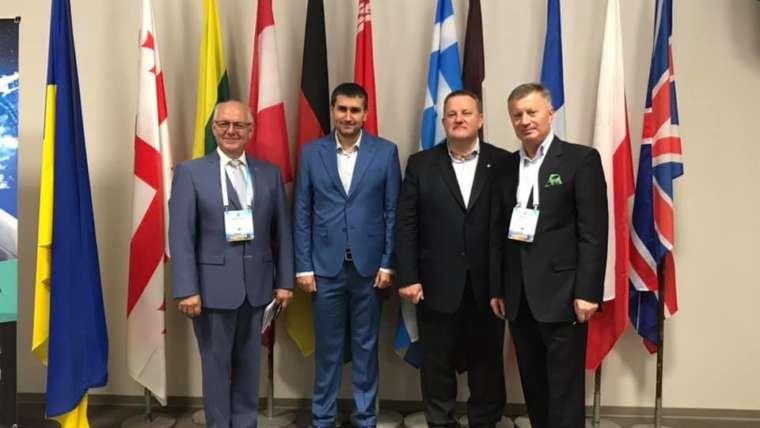 Арунас Шикшта відвідав XIX Міжнародний фінансовий форум