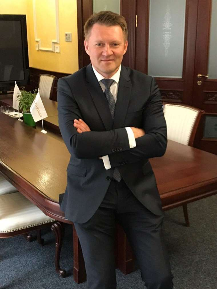 Скиба<br/> Сергей